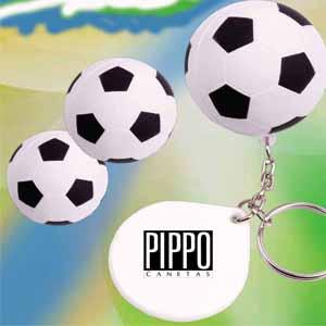 Chaveiro em formato de bola de futebol